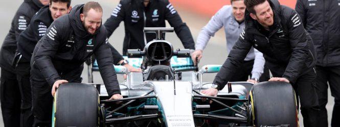 Membros da equipe Mercedes são assaltados por homens armados em São Paulo