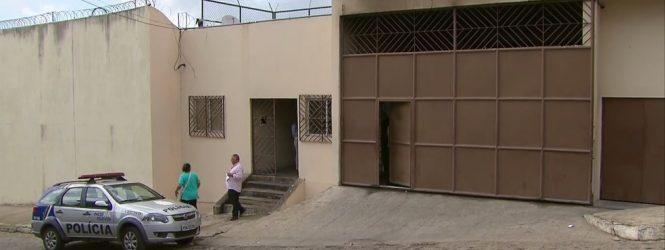 Interno do Case de Timbaúba foge durante saída para registrar o filho