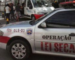 PMs são afastados após extorquir motorista que fugiu da Lei Seca