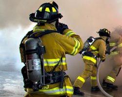 Incêndio em depósito de carros na Mata Norte de PE atinge nove veículos apreendidos pela polícia