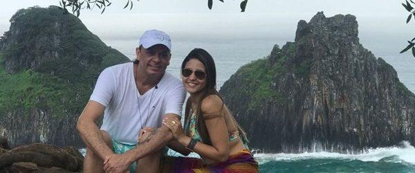 Frank Aguiar e Carol Santos curtem lua de mel em Fernando de Noronha