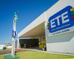 Secretaria de Educação abre processo seletivo para mais de 7 mil vagas em cursos técnicos