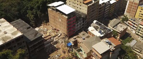 Prédios desabam no Rio de Janeiro; Bombeiros confirmam ao menos 5 mortos e 9 feridos