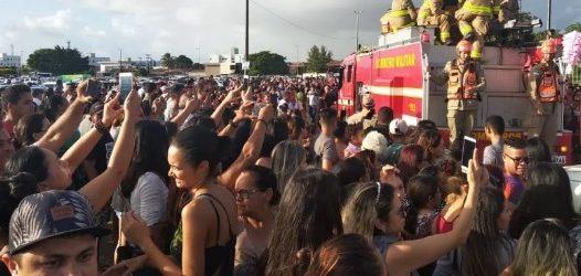 Quinze mil fãs se despedem de Gabriel Diniz